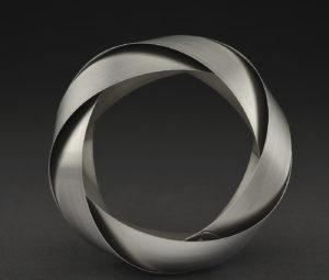 Eva Eisler, Mobius Bracelet, 2005